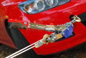 Лебёдка ручная рычажная (тросовая) 4т НР-147D 3 крюка в кейсе JUN KAUNG SKRAB 26447 в работе
